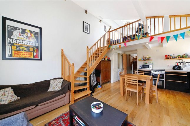 Thumbnail Flat to rent in Langler Road, London