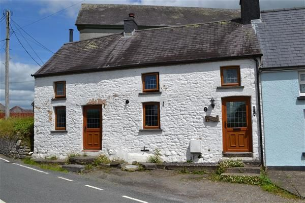 Thumbnail Semi-detached house for sale in Glandyrfal, East Carmarthenshire, Llangadog