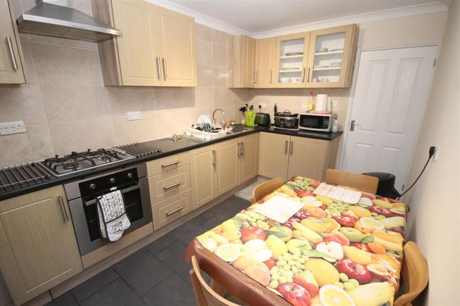 4 bed property to rent in Darrell Place, Norwich NR5