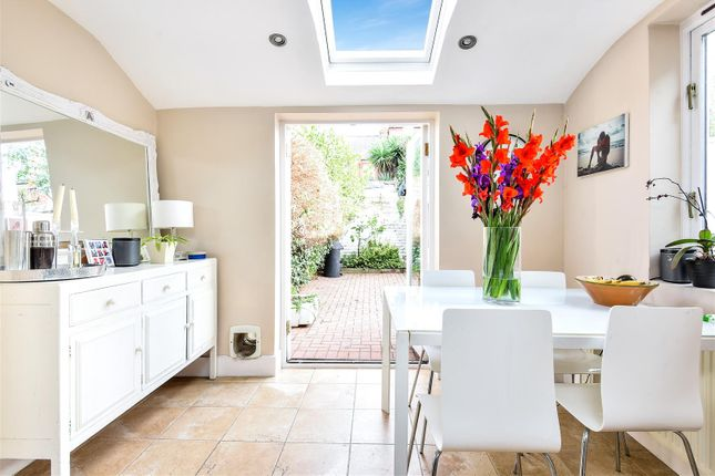 Thumbnail Terraced house for sale in Romberg Road, London