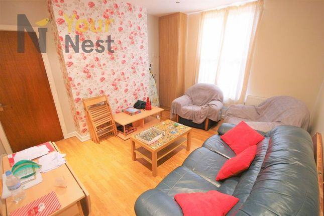 Thumbnail Flat to rent in Midland Road, Hyde Park