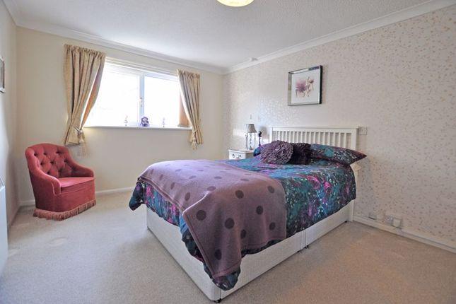 Photo 10 of Spacious Retirement Apartment, Stow Park Crescent, Newport NP20