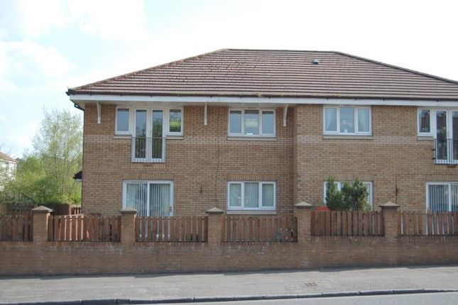 Thumbnail Flat to rent in Milne Court, Wishaw