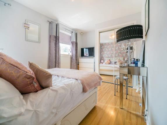Bedroom 1 of Harris Crescent, Old Kilpatrick, Glasgow, West Dunbartonshire G60