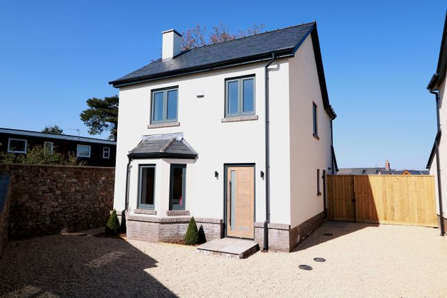 Thumbnail Detached house for sale in Cross Street, Caerleon
