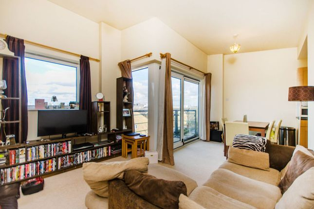 1 bed flat for sale in Fishguard Way, Docklands