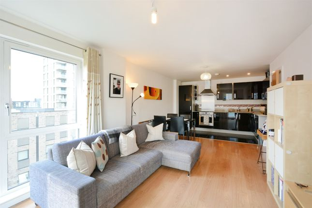 2 bed flat to rent in City Peninsula, 25 Barge Walk, London SE10