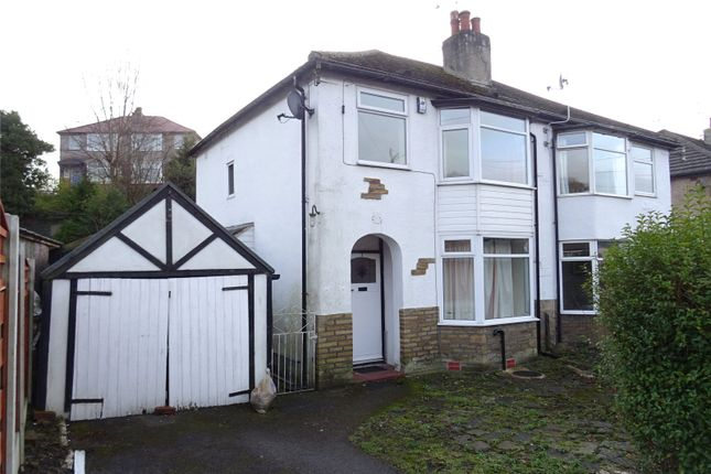 3 bed semi-detached house to rent in Branksome Grove, Shipley, West Yorkshire