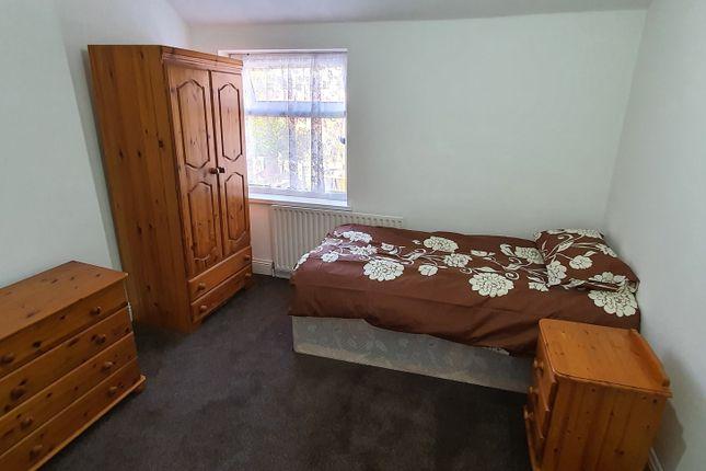 Room to rent in Gladstone Road, Sparkbrook, Birmingham B11