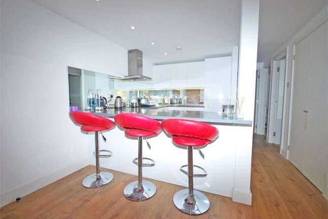 1 bed flat for sale in Oak Lane, Twickenham