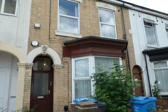 Thumbnail Flat for sale in De Grey Street, Hull