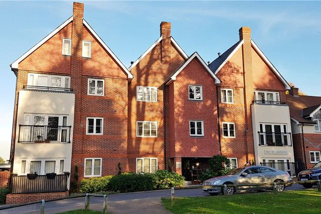 Thumbnail Flat for sale in Uplands Road, Guildford, Surrey