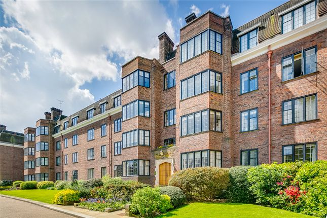 Thumbnail Flat for sale in Bede House, Manor Fields, London