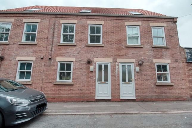 Thumbnail Terraced house to rent in Queen Street, Winterton, Scunthorpe