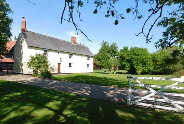 Thumbnail Farmhouse for sale in Charles Tye, Ringshall, Stowmarket