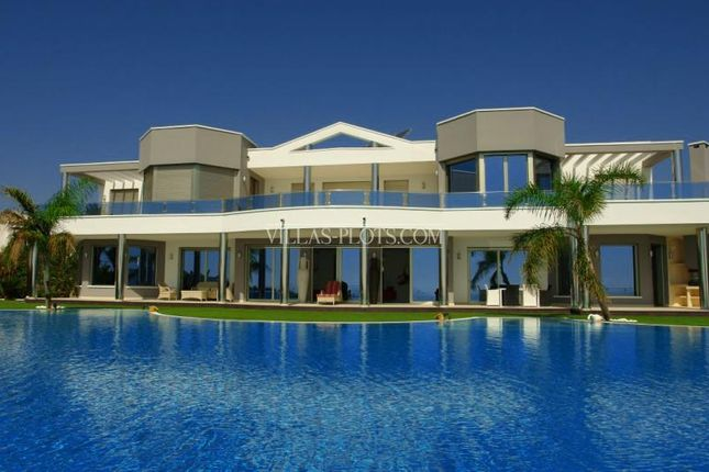 Thumbnail Villa for sale in Moraira, Alicante, Spain