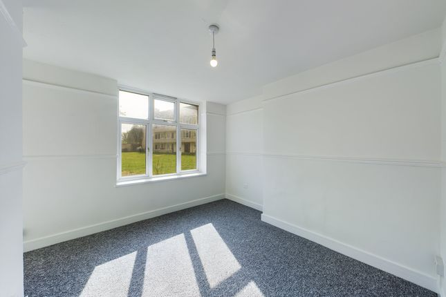 1 bed flat to rent in Monkscroft, Cheltenham, Gloucestershire GL51