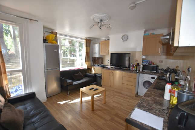 Thumbnail Maisonette to rent in Whitnell Way, Putney