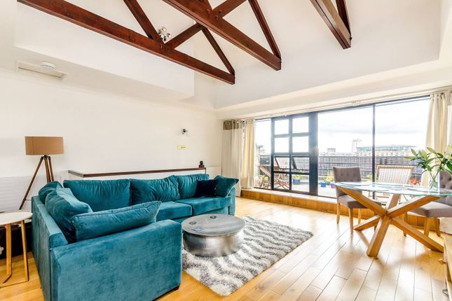 2 bed flat for sale in St Katharines Way, Wapping