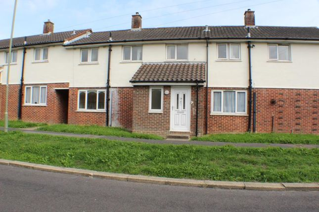 Thumbnail Terraced house to rent in Gorselands Way, Gosport