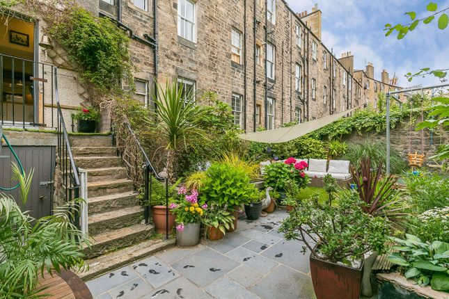Thumbnail Flat for sale in Fettes Row, New Town, Edinburgh