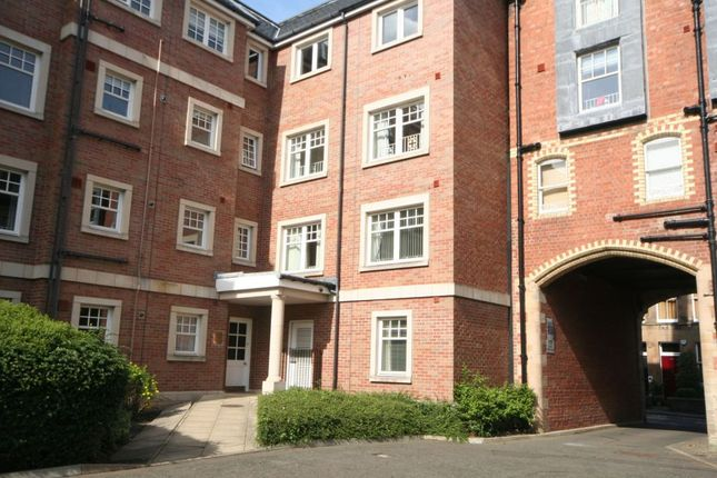 Thumbnail 2 bed flat to rent in Upper Gray Street, Newington, Edinburgh