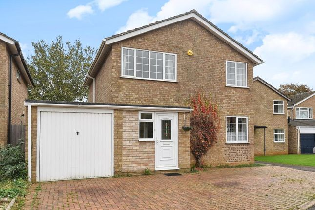 Thumbnail Detached house to rent in Valley Road, Banbury