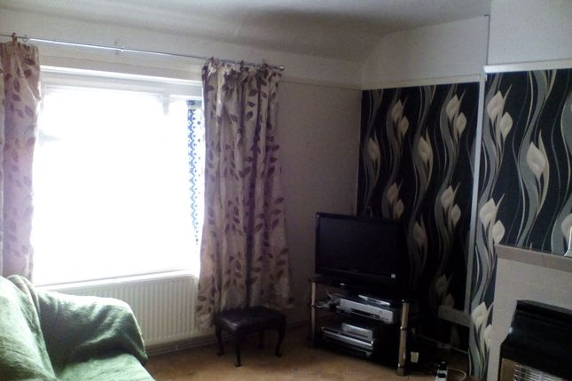 Thumbnail Flat to rent in Cotrith Grove, Somerset