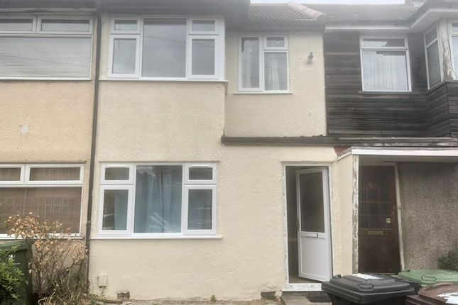 Thumbnail Terraced house to rent in Oval Road South, Dagenham
