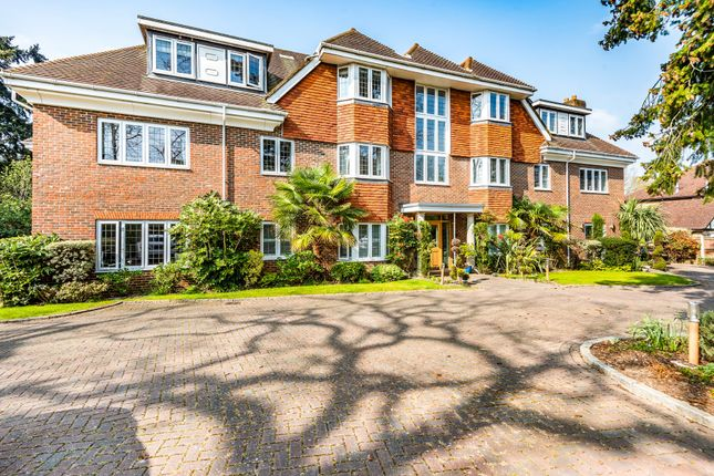 Thumbnail Flat for sale in Sheerwater Road, West Byfleet