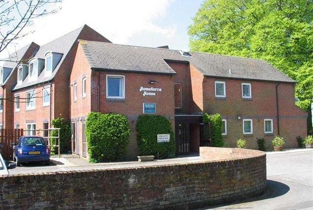 Thumbnail Flat to rent in Homefarris House, Bleke Street, Shaftesbury, Dorset