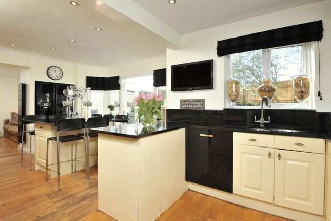 Kitchen of Drake Avenue, Torquay TQ2
