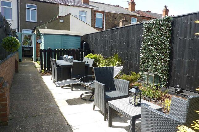 Thumbnail Terraced house for sale in Whites Road, Cleethorpes