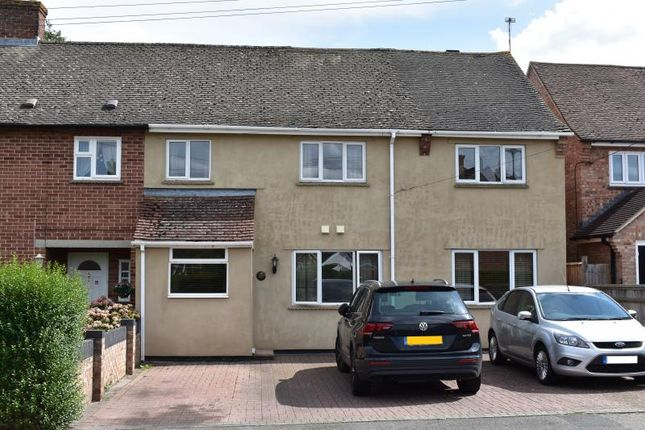 Thumbnail Semi-detached house for sale in Priory Avenue, Hungerford