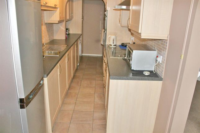 Thumbnail Property to rent in Brockles Mead, Harlow