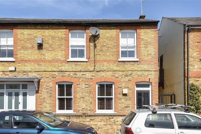 Thumbnail Flat for sale in Kings Road, Kingston Upon Thames