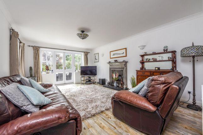 Sitting Room of Dean Wood Close, Woodcote, Reading RG8