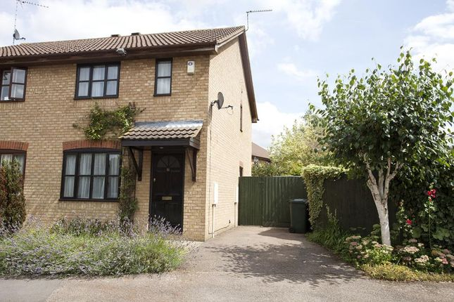 Thumbnail Semi-detached house to rent in Beaulieu Close, Banbury