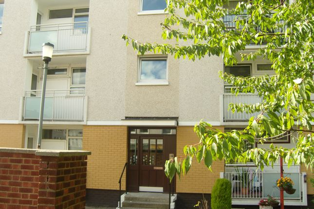 Thumbnail Flat to rent in Caledonia Road, Oatlands, Glasgow