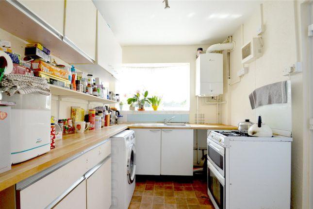 Picture No. 07 of Chesney Crescent, New Addington, Croydon CR0
