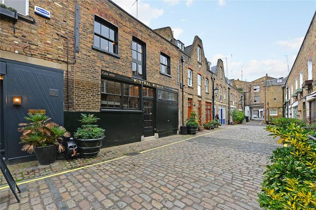 Picture No. 19 of Junction Mews, London W2