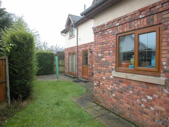 Picture No.10 of Hooton Road, Willaston, Neston, Cheshire CH64