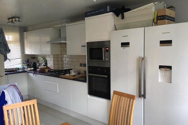 Thumbnail Terraced house to rent in Booth Close, London