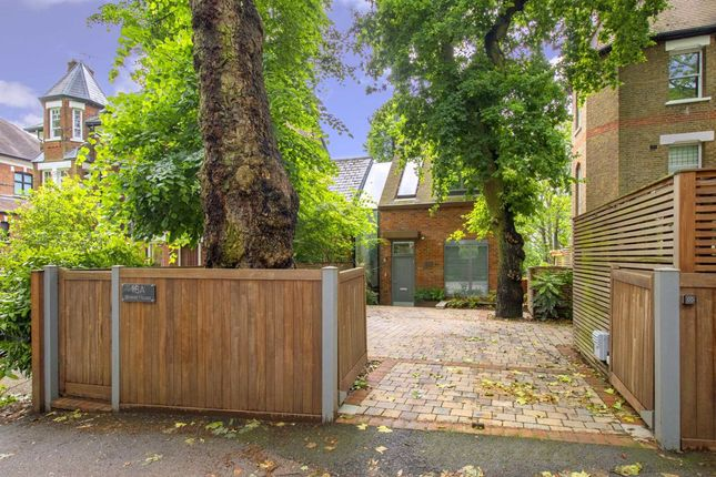 Thumbnail Property for sale in Shepherds Hill, London