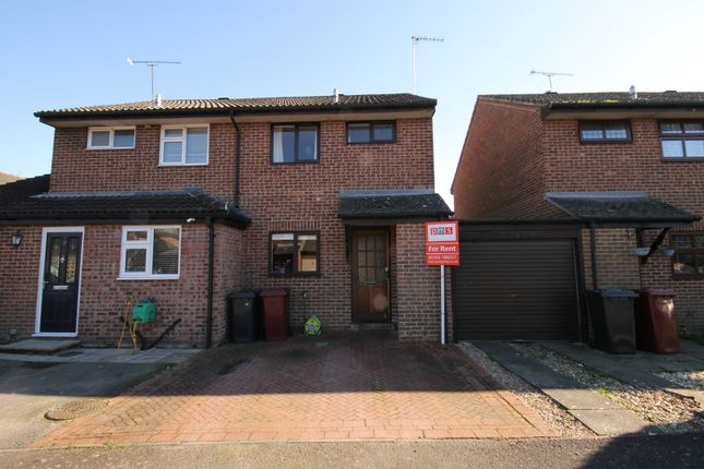 2 bed property to rent in Springfield Close, Lavant, Chichester