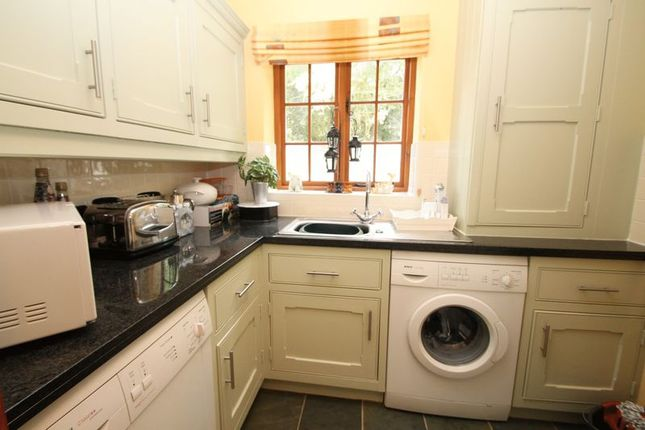 Utility Room of Back Lane, Darshill, Shepton Mallet BA4