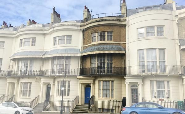 Thumbnail Hotel/guest house for sale in 18 Regency Square, Brighton, East Sussex