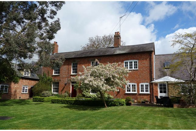 Thumbnail Detached house for sale in Banbury Road, Lower Boddington