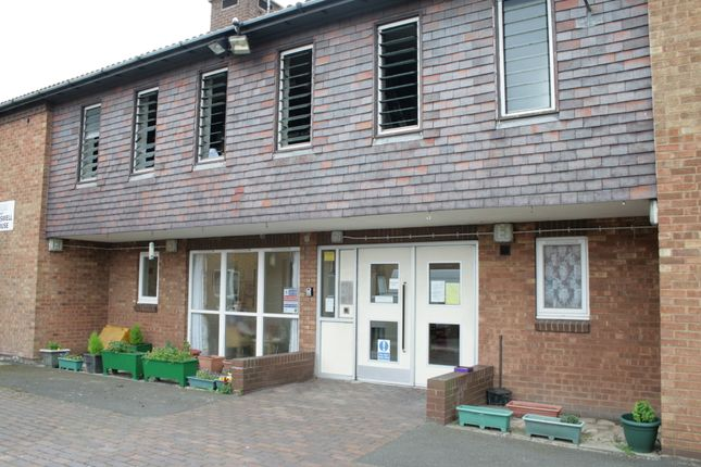 Thumbnail Studio to rent in Casswell House, Grimsby