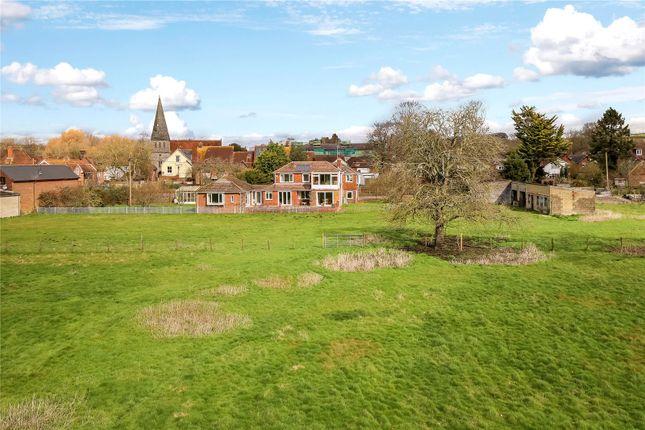 Picture No. 01 of High Street, Stockbridge, Hampshire SO20